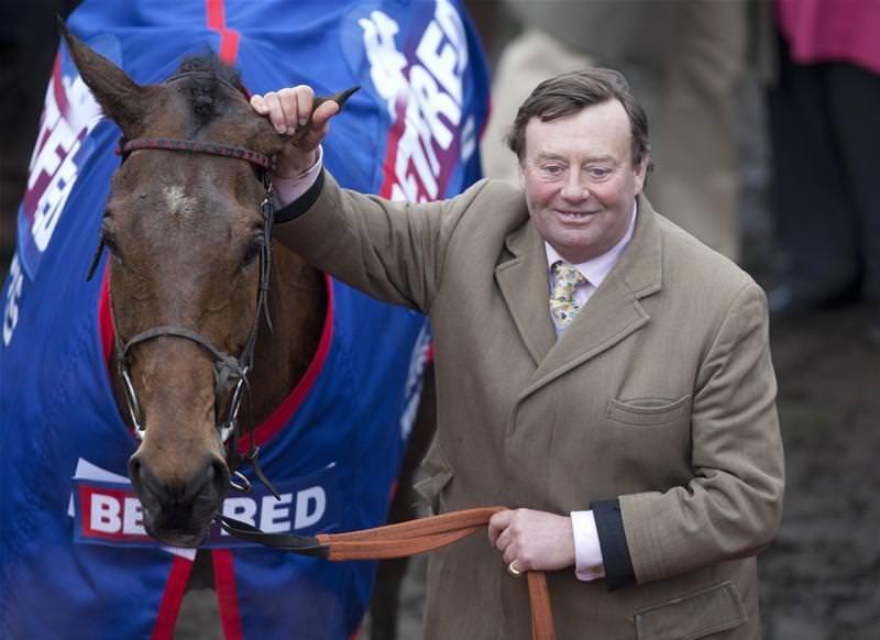 Today's horse racing accumulator betting tips