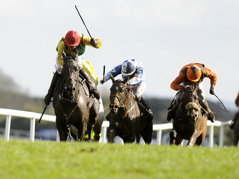 Free Horse Racing Tips & Trends: Sat 16th April